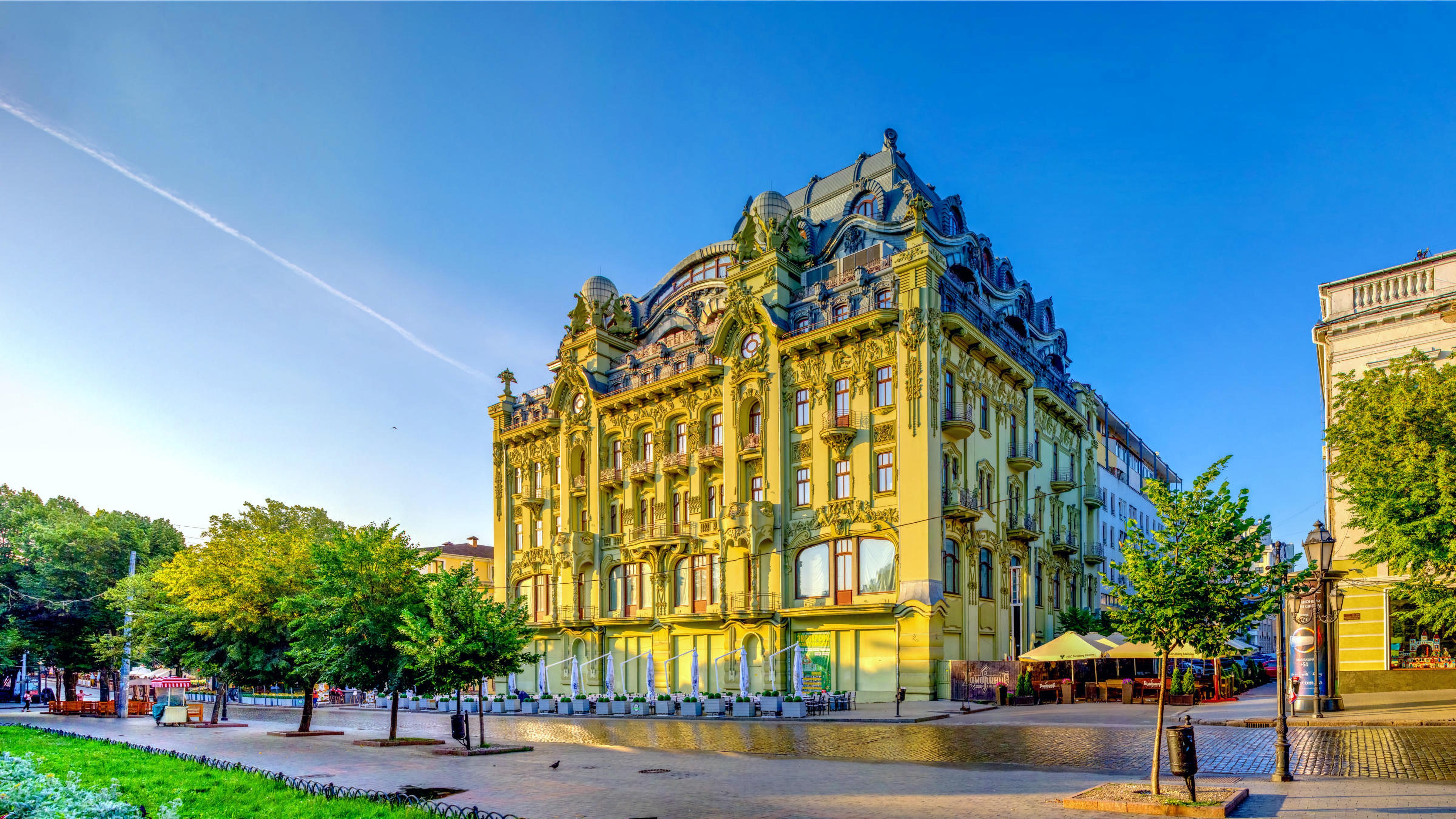 Deribasovskaya Street in Odessa
