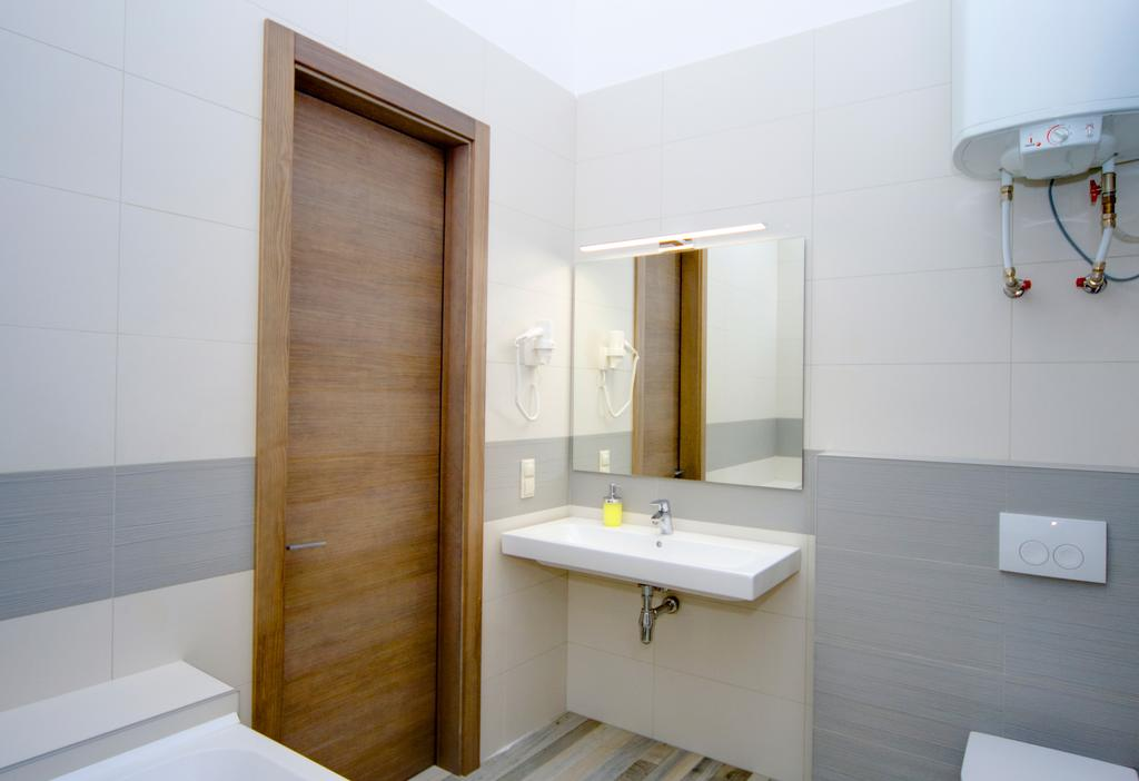 Bathroom in the Summit Room Kiev
