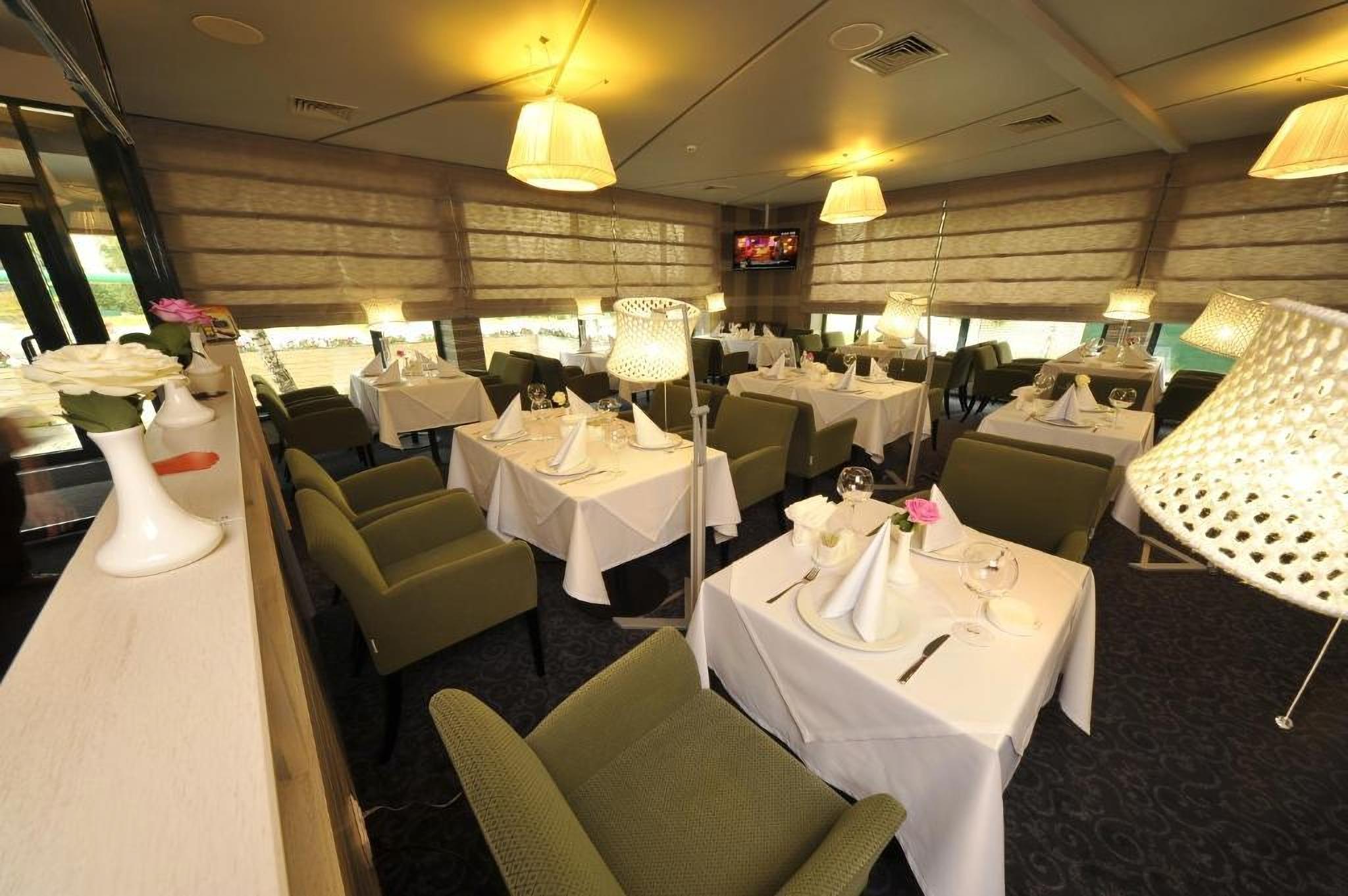 Restaurant at Villa Four Rooms