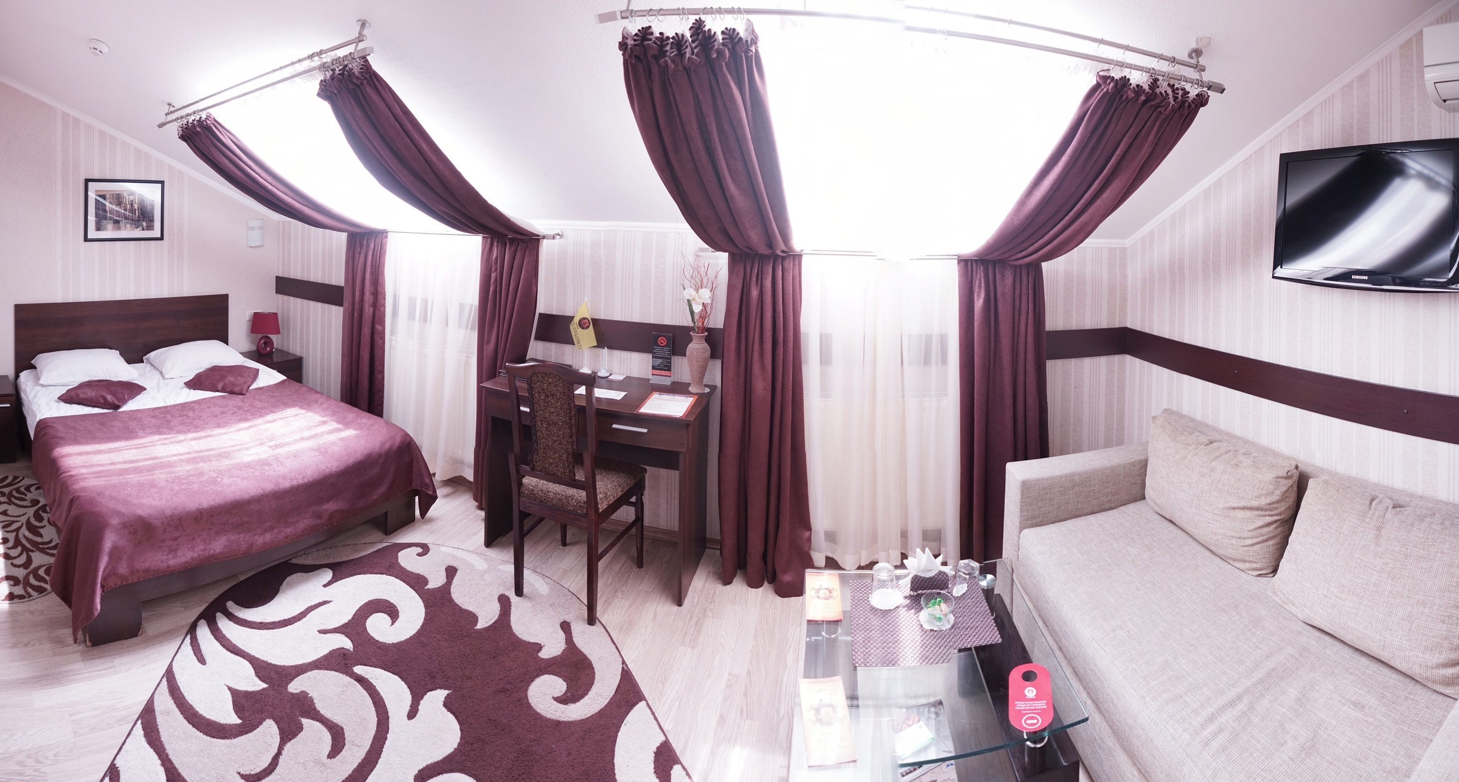 A room in the hotel Viva